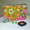 Zingy Purse in Vintage 60s 70s Flower Power, Bright Floral Vintage Fabric