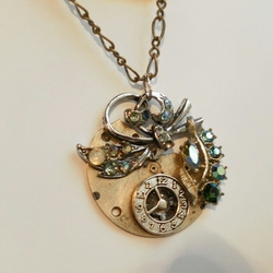 Sparkly Steampunk Necklace