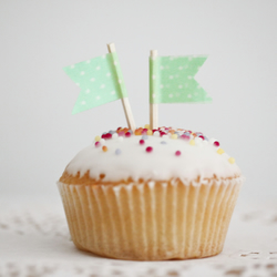 Cupcake Flags, Green and White Spotted Kath Kidson , Cupcake Toppers