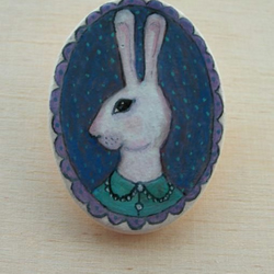 Elspeth the hare handpainted brooch on ceramic