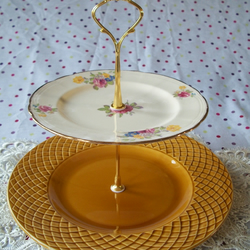 Vintage Plate Cake Stand