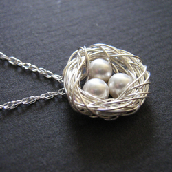 Sterling silver and pearl nest pendant