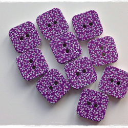10 x Square Patterned Wooden 2 Holed Button Purple