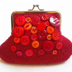 Red knitted purse