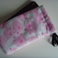 Pink Pigs - iPhone 5 Samsung S mini Ipod Case Drawstring Pouch