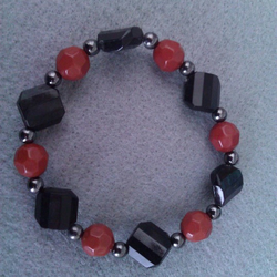 Elasticated  Bracelet - Cranberry Diamond