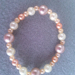 Elasticated  Bracelet - Peach Princess