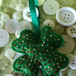 'Lots of Luck'- Four leaf clover lucky sparkle bead charm decoration.