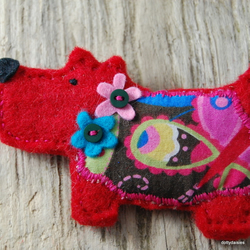 Lovely little felt  dog brooch