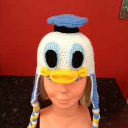 CROCHET BABY CHARACTER HAT -DONALD DUCK
