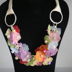 frosted flowers summer necklace