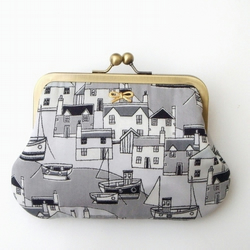 Harbour senery Liberty clutch