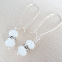 Sparkle drop earrings in white