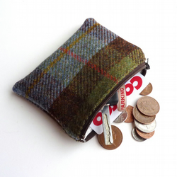HARRIS TWEED change purse in MacLeod tartan