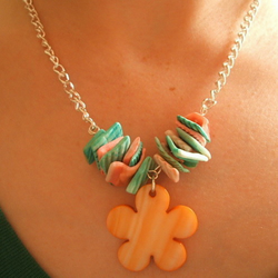 Sale! Was £8... Shell and Flower Necklace