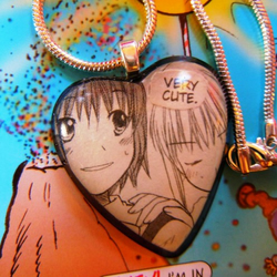 "MaNgA NeCkLaCe feat. BuBbLe HeArT PeNdAnT ""Very cute"""