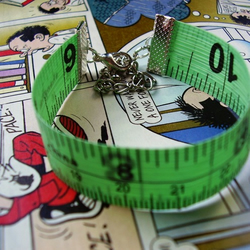 mEaSuRe oF My dReAms - TaPe mEaSuRe bRaCeLeT - gReEn!