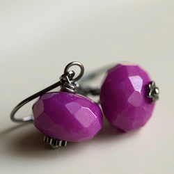 Urban Hot Pink and Magenta Earrings - handmade with dyed jade and gunmetal