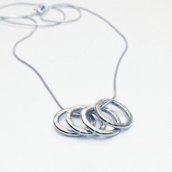 4 Hoops Necklace