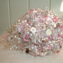 Pink and Silver teardrop bouquet