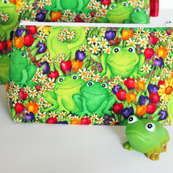 Cute Floral Frogs Make-up Bag . Great Gift for Girls