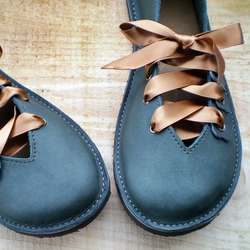 QUINCE Size UK 6, Handmade leather shoes, Thyme,