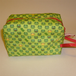 Retro Japanese frogs zippered project pouch / make up bag.