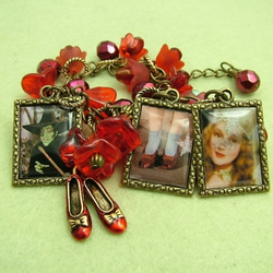 Wizard of Oz Charm Bracelet: ruby slippers