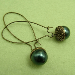 From little Acorns... Earrings