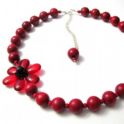 Poppy Asymmetric Necklace