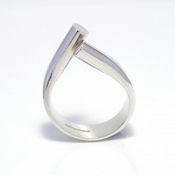 cross over sterling silver ring