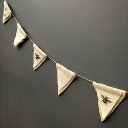Custom order - bee bunting for 'samhumby'