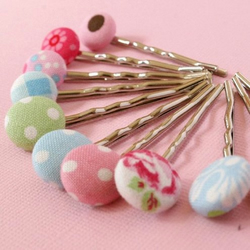 Choose your own set of 4 hair / bobby pins