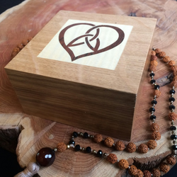 Small Wooden Jewellery Box Heart Knot