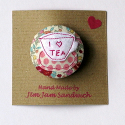 'I Love Tea' brooches
