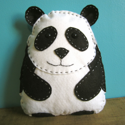 Ping Pong the Panda sewing kit