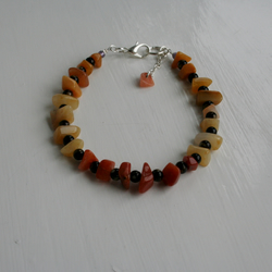 Bracelet with an assortment of Golden Jade Chips