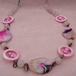 Agate and Rose Quartz Beaded Necklace