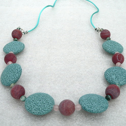 Gemstone Beaded Necklace - Lava and Dragon Vein Agate