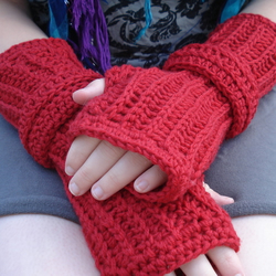 Lipstick Red Crocheted Fingerless Gloves in 100% Wool