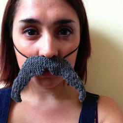 Knitted Grey Sven Moustache