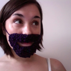 Knitted Mini Purple Beard