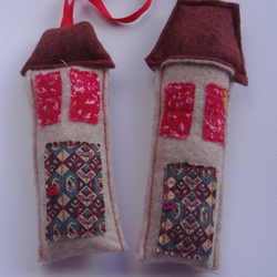 SALE 50% OFF Christmas Decorations - Little Houses WAS £4 NOW £2