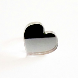'Snow White' mirrored heart ring