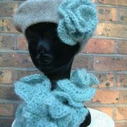 Handmade French beret and scarf set