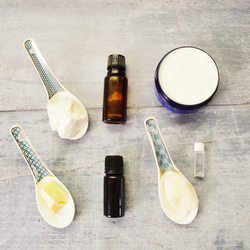 Make Your Own Intensive Hand Treatment Kit