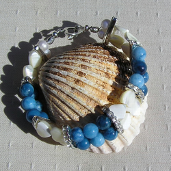 "Mother of Pearl Heart & Blue Jade Gemstone Crystal Bracelet - ""Blue Clover"""