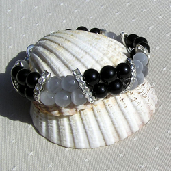 "Black Onyx & Grey Cat's Eye Crystal Gemstone Bracelet ""Baltica"""