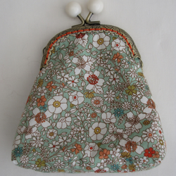 Bobble clasp purse - green floral