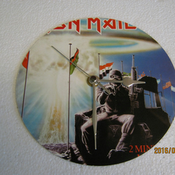 "Iron Maiden - ""2 Minutes To Midnight"" 7"" Vinyl Record Sleeve Wall Clock"